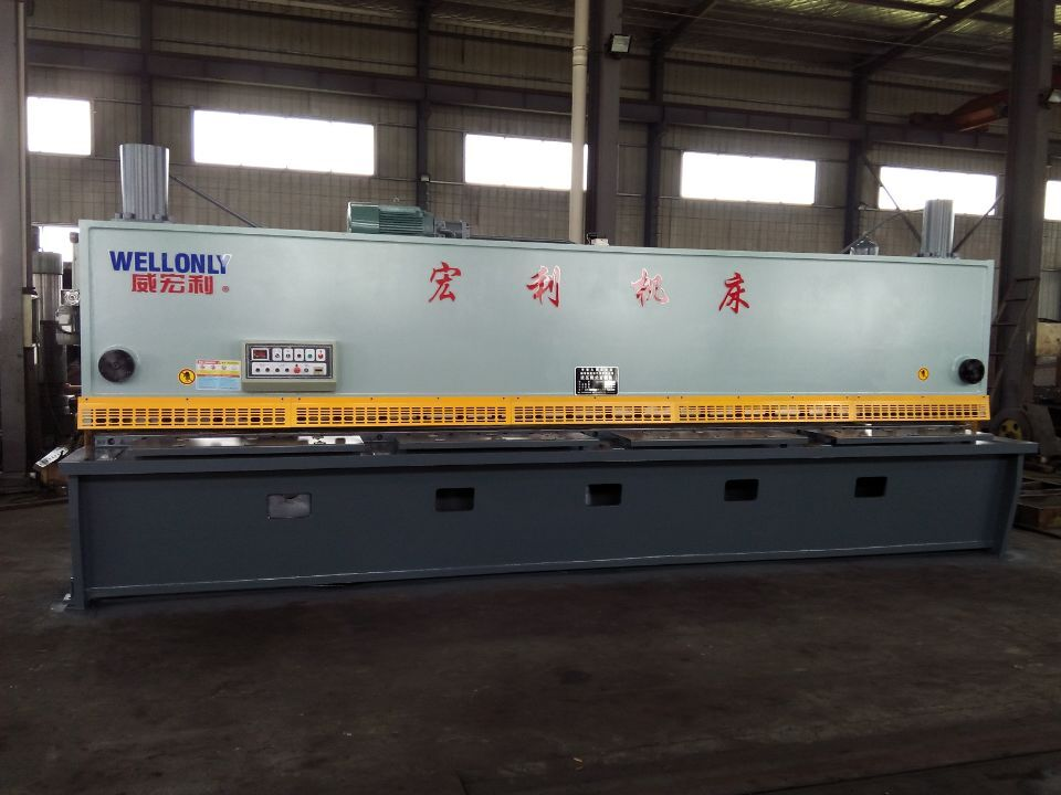 QC11Y-10-6000液压闸式剪板机