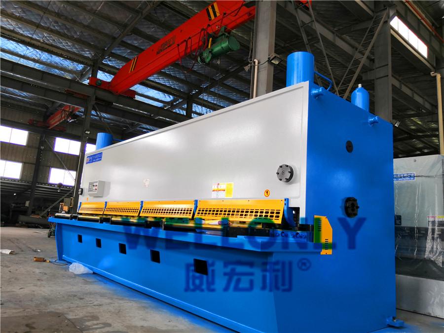 QC11Y-16×6000闸式剪板机
