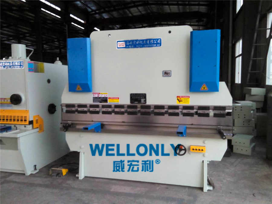 WC67Y-100T/2500折弯机